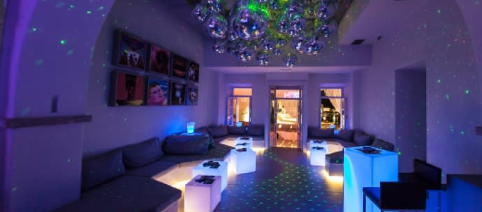 LGBT Travel tips_Mykonos-Club at54_World Rainbow Hotels