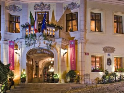 Прага отель для гомосексуалистов