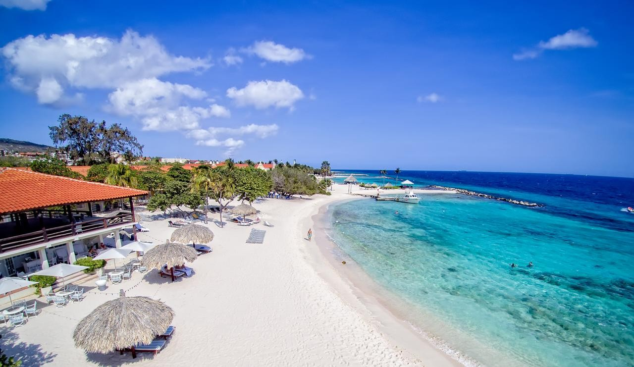 Floris Suite Hotel - Spa and Beach Club - World Rainbow Hotels