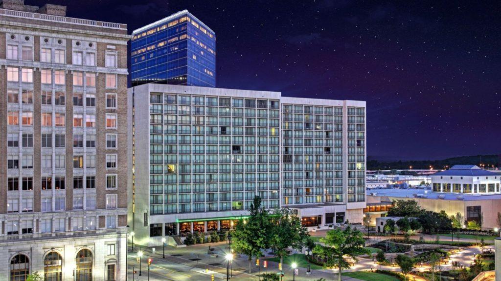 Hyatt Regency Tulsa World Rainbow Hotels