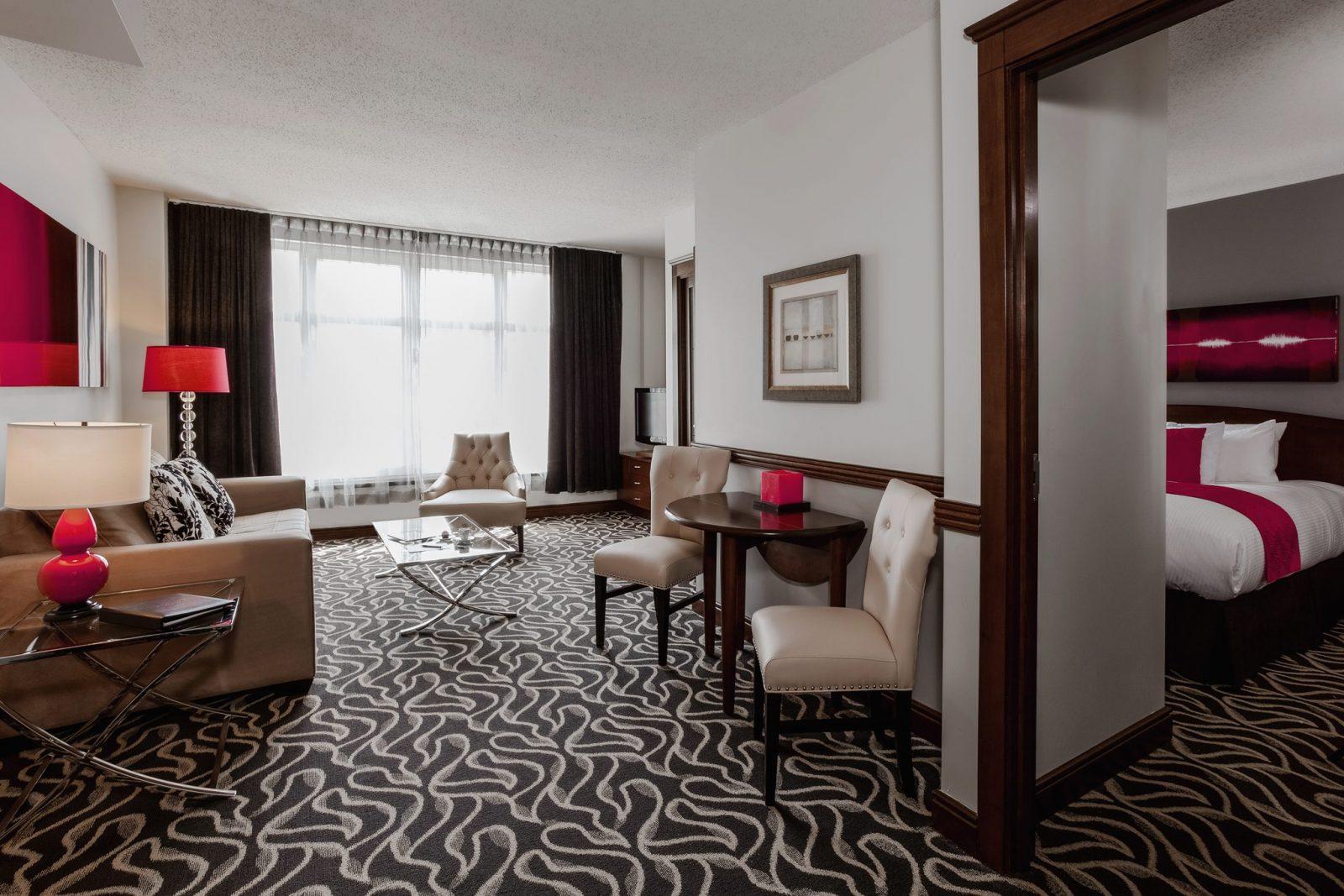Le Saint-Sulpice Hotel Montreal